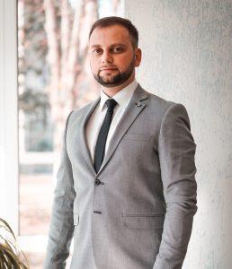 Татаринов Іван Євгенович – кандидат історичних наук, викладач