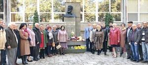 Бессарабські болгари поклали квіти біля паметника Христо Ботеву