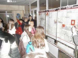 В Ізмаїльському університеті відкрита пересувна виставка «Биківнянські могили»