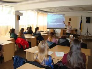 Бесіда зі студентами щодо формування культури статевого життя