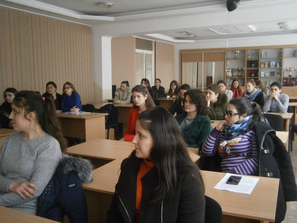 Бесіда зі студентами