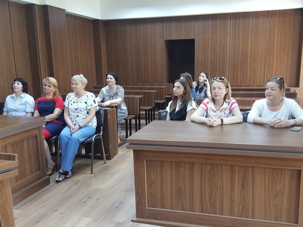 Імітаційний зал судових засідань на юридичному факультеті