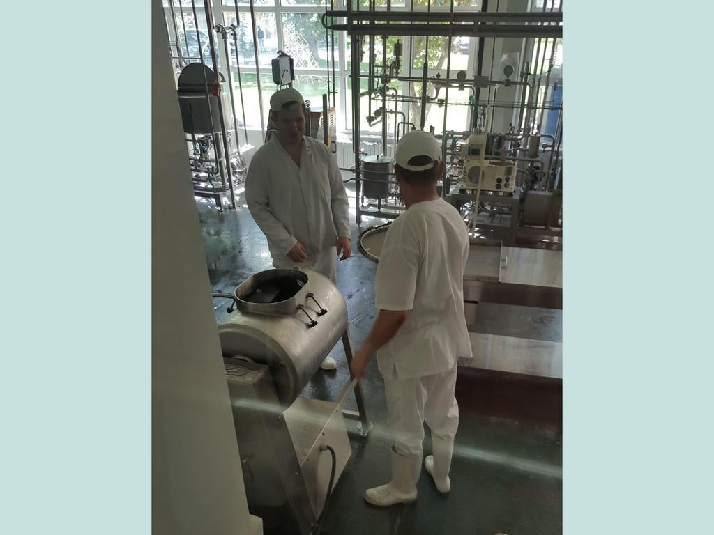 Молочний цех факультету харчової промисловості
