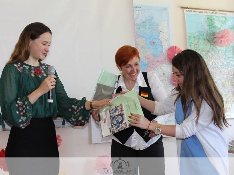 Фонетичо-поетичний конкурс з німецької мови «Deutsch klingt im Herzen»