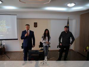 Руслана Лижичко приїхала на зустріч зі студентами університету в якості волонтера і громадського діяча