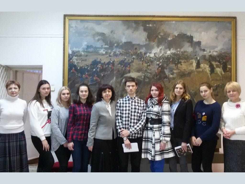 Студенти 4 курсу кафедри романо-германської філології під час виробничої практики