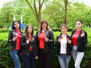 Під час заходу усім викладачам та студентам університету були прикріплені червоні маки, як символ памяті, скорботи та вшанування за загиблими