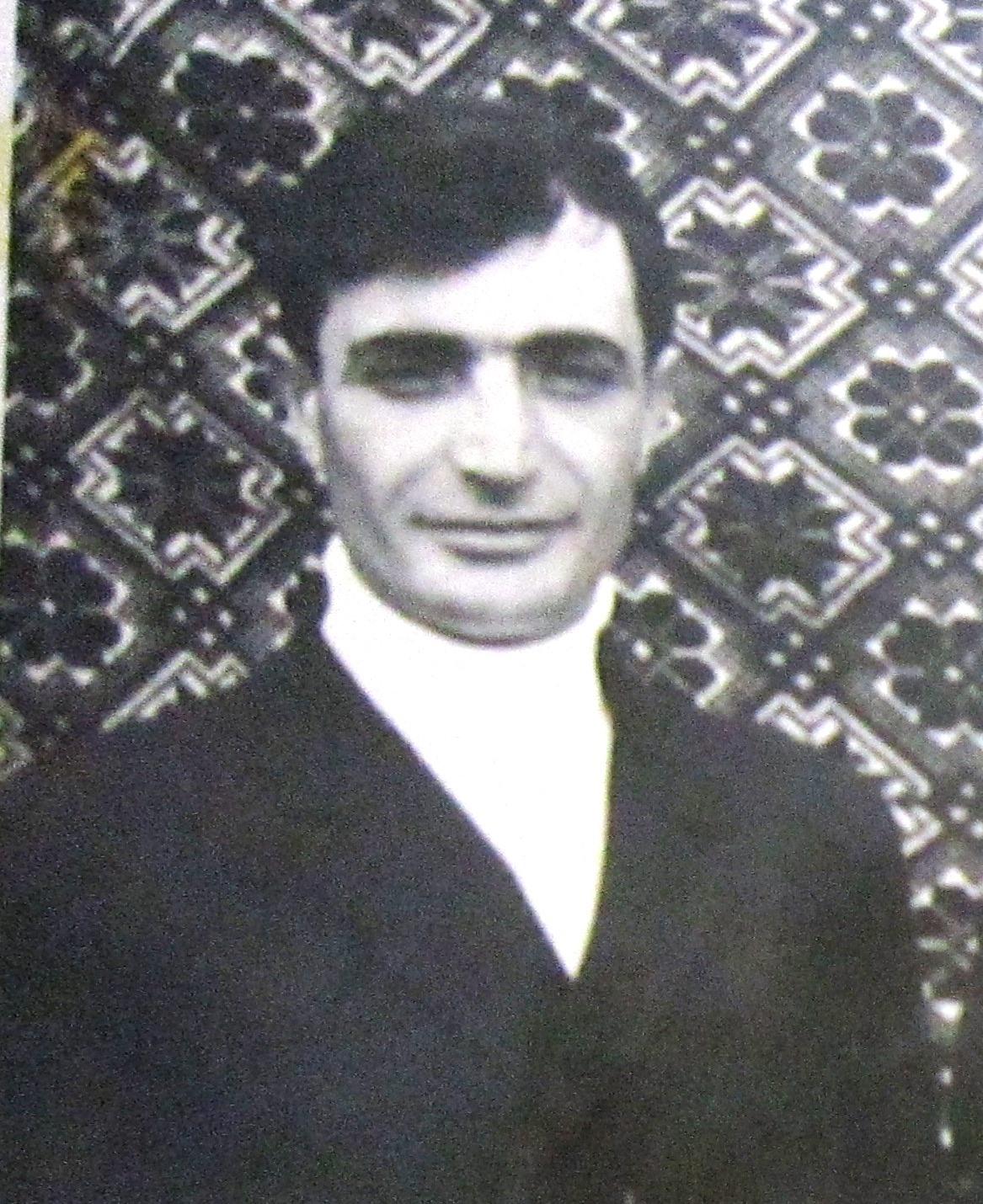 ВОЛКАНОВ Микола Миколайович