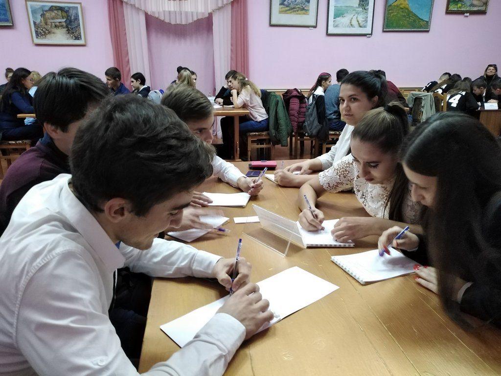 Команда ІДГУ взяла участь у Молодіжному чемпіонаті Одеській області «Що? Де? Коли?»