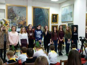 Студенти 21 та 22 груп факультету іноземних мов взяли участь у святковому концерті виконали пісню «September»