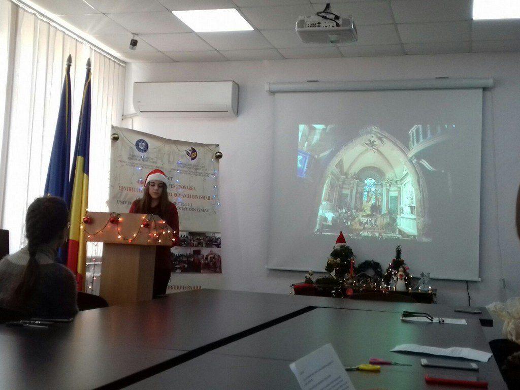 Викладачі, студенти, поціновувачі французької мови були запрошені для знайомства з різдвяними традиціями Франції