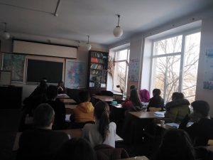 """Студентите от Измаилски държавен хуманитарен университет учат децата от БНУ """"Българска светлица"""""""